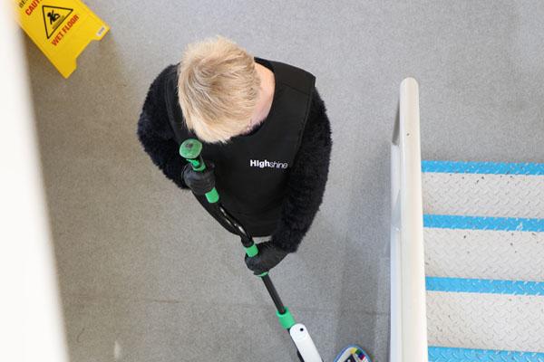 Communal floor cleaning